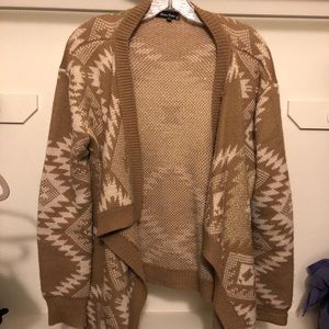 Gold/ Khaki Cardigan with detailed design!